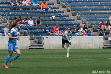 Chicago Red Stars goalkeeper Alyssa Naeher (1) throws the ball to teammate teammate Katie Naughton (5).