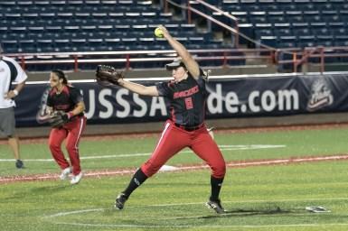 Akron Racers pitcher Alexis Silkwood (8)