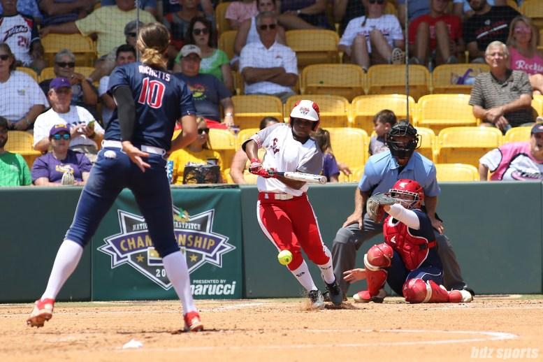 Scrap Yard Dawgs outfielder Nerissa Myers (15) at bat