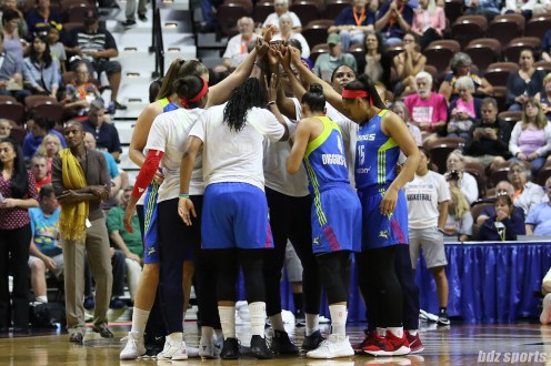 The Dallas Wings huddle before the start of their game against the Connecticut Sun on August 23, 2017.