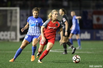 Portland Thorns FC midfielder Amandine Henry (28) controls the ball for the Thorns in the midfield