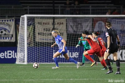 Boston Breakers defender Megan Oyster (4) controls the ball out of the back field