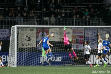Boston Breakers forward Natasha Dowie (9) heads the ball in for Boston's first goal of the game