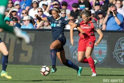 North Carolina Courage forward Lynn Williams (9)