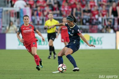 North Carolina Courage defender Abby Erceg (6)