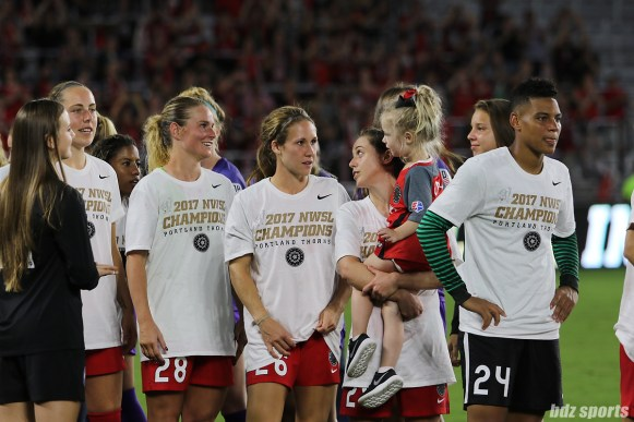 The Portland Thorns FC waiting for their medals