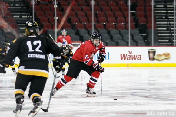 Metropolitan Riveters forward Lindsey Hylwa (45)