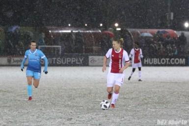 Ajax defender Stefanie van der Gragt (3)