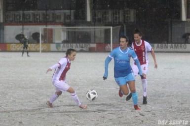 FC Twente forward Renate Jansen (11) controls the ball for FC Twente