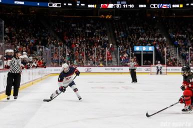 Team USA forward Jocelyne Lamoureux-Davidson (17) rips a shot on goal