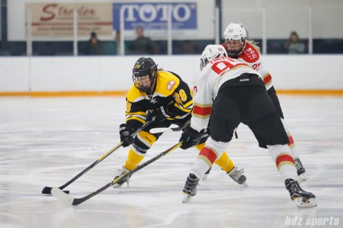 Boston Blades forward Kate Leary (28)