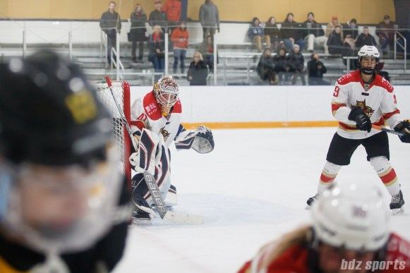 Kunlun Red Stars goalie Noora Raty (41)