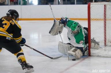 Markham Thunder goalie Elizabeth Knox (37)