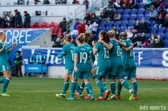 Team Germany celebrates Lina Magull's (20) goal