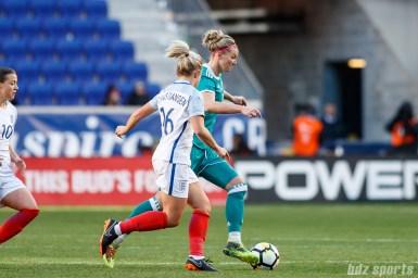 Team Germany forward Alexandra Popp (11) controls the ball
