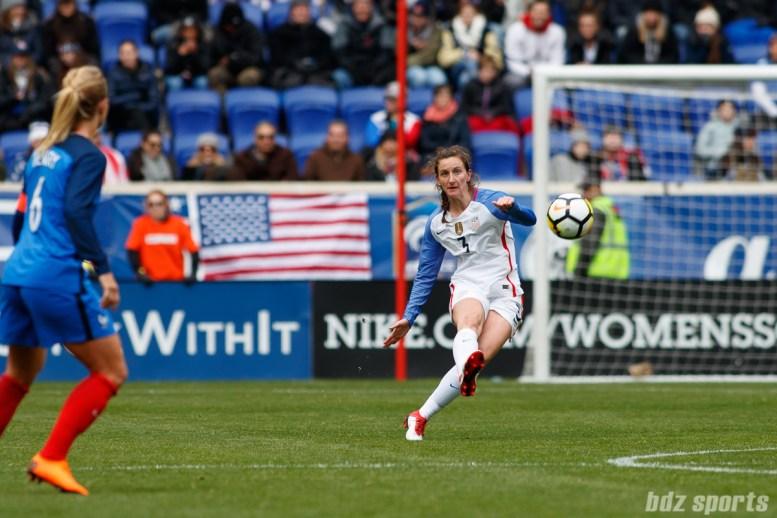 Team USA midfielder Andi Sullivan (3) send in the ball