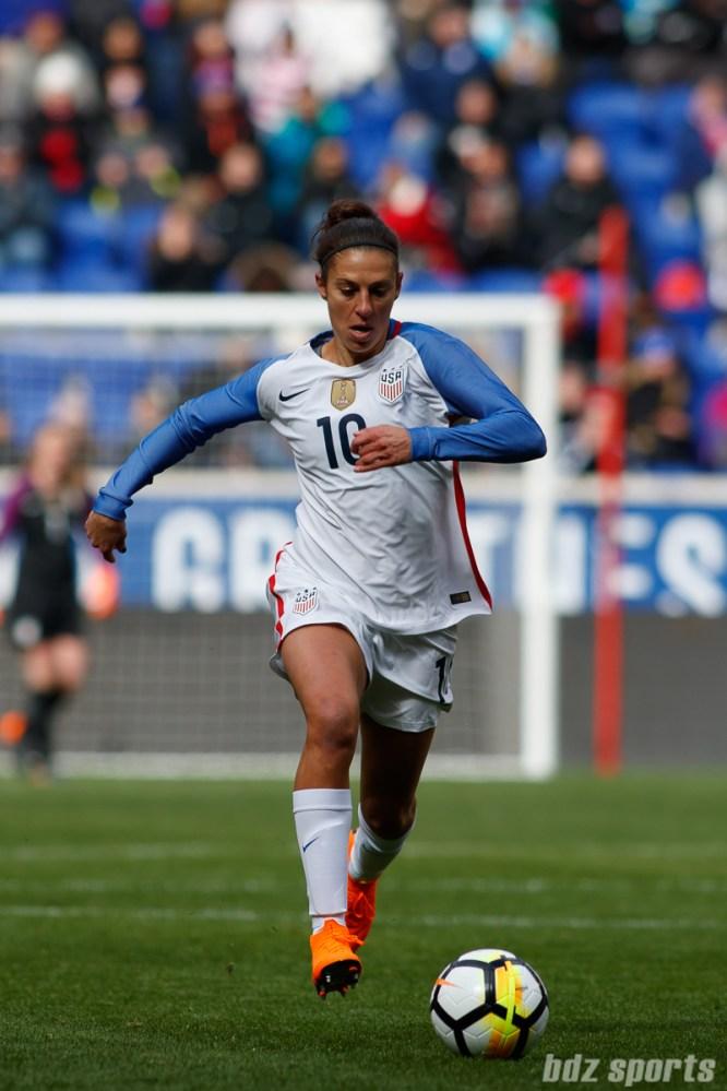 Team USA midfielder Carli Lloyd (10)