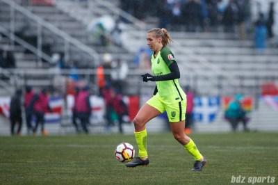 Seattle Reign FC midfielder Allie Long (6)