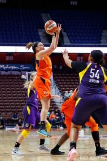 Connecticut Sun guard Rachel Banham (1)