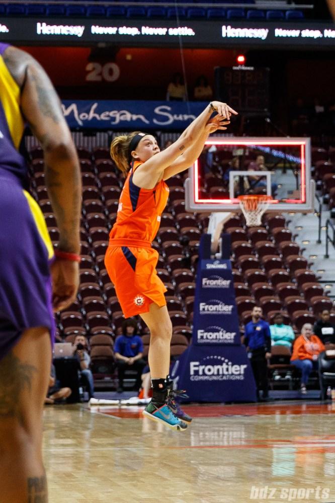 Connecticut Sun guard Rachel Banham (1) hits a buzzer beater 3-pointer to win the game