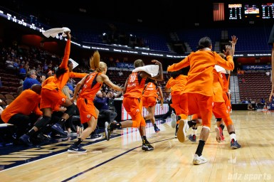 The Connecticut Sun bench reacts after Rachel Banham hits a buzzer beater to defeat Los Angeles Sparks 68-65