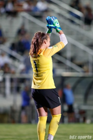 Sky Blue FC goalie Kailen Sheridan (1) applauds the equalizing goal
