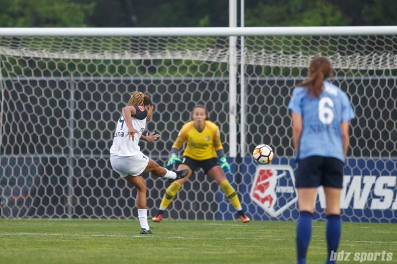 North Carolina Courage forward Jessica McDonald (14) with a shot on goal