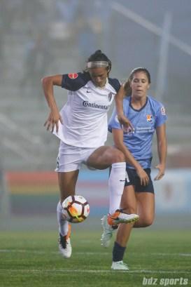 North Carolina Courage defender Abby Erceg (6)
