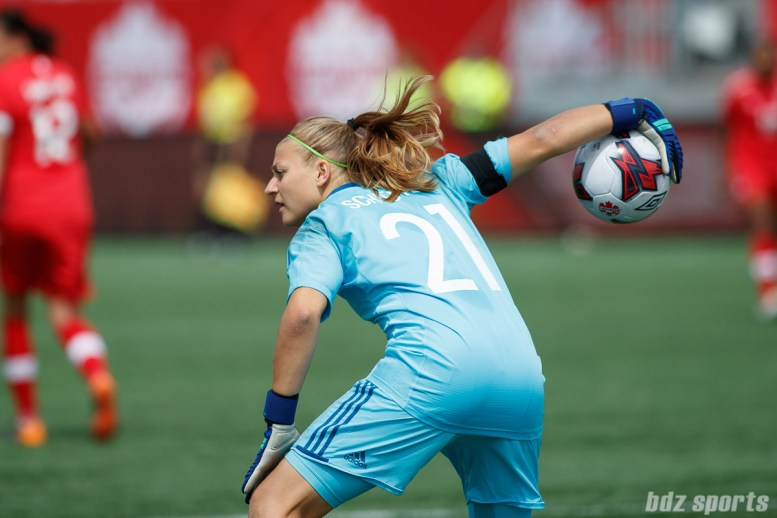 Team Germany goalie Carina Schluter (21)