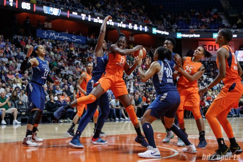 Connecticut Sun forward Chiney Ogwumike (13)