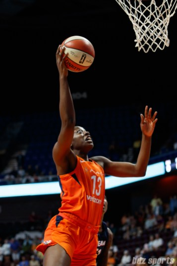 Connecticut Sun forward Chiney Ogwumike (13)