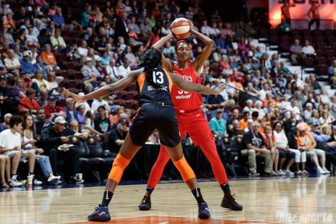 Washington Mystics forward LaToya Sanders (30)