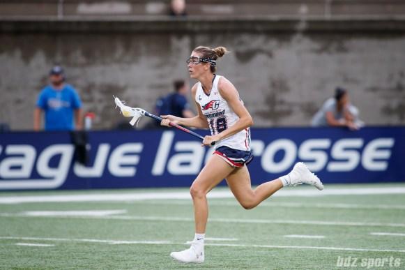New England Command midfielder Taryn VanThof (18)