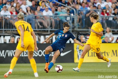 Team USA forward Tobin Heath (17)