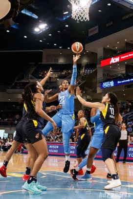 Chicago Sky forward Cheyenne Parker (32)