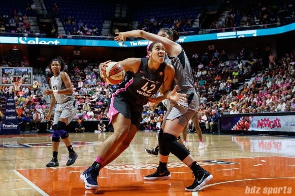 Connecticut Sun forward Brionna Jones (42)