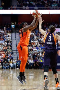 Connecticut Sun forward Shekinna Stricklen (40)