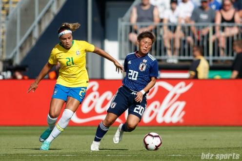Team Japan forward Kumi Yokoyama (20)