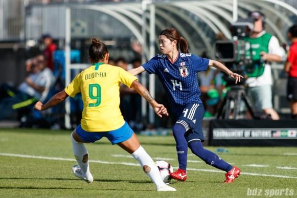 Team Japan midfielder Yui Hasegawa (14)