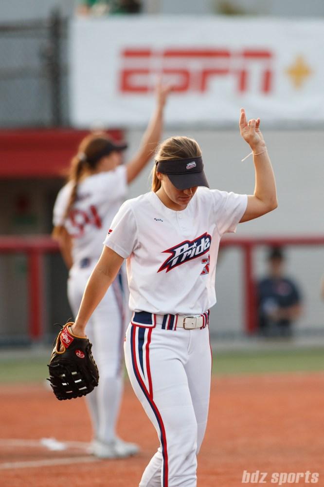 USSSA Pride first baseman Hallie Wilson (22)