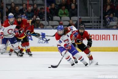 Montreal Les Canadiennes defender Erin Ambrose (14)