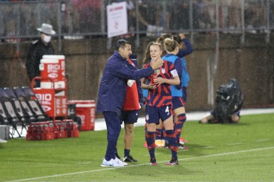USWNT head coach Vlatko Andonovski talks to team captain Becky Sauerbrunn (4) in the first of two 2021 WNT Send-Off Series games between the USWNT and Mexico at Rentschler Field in East Hartford, CT on July 1, 2021.