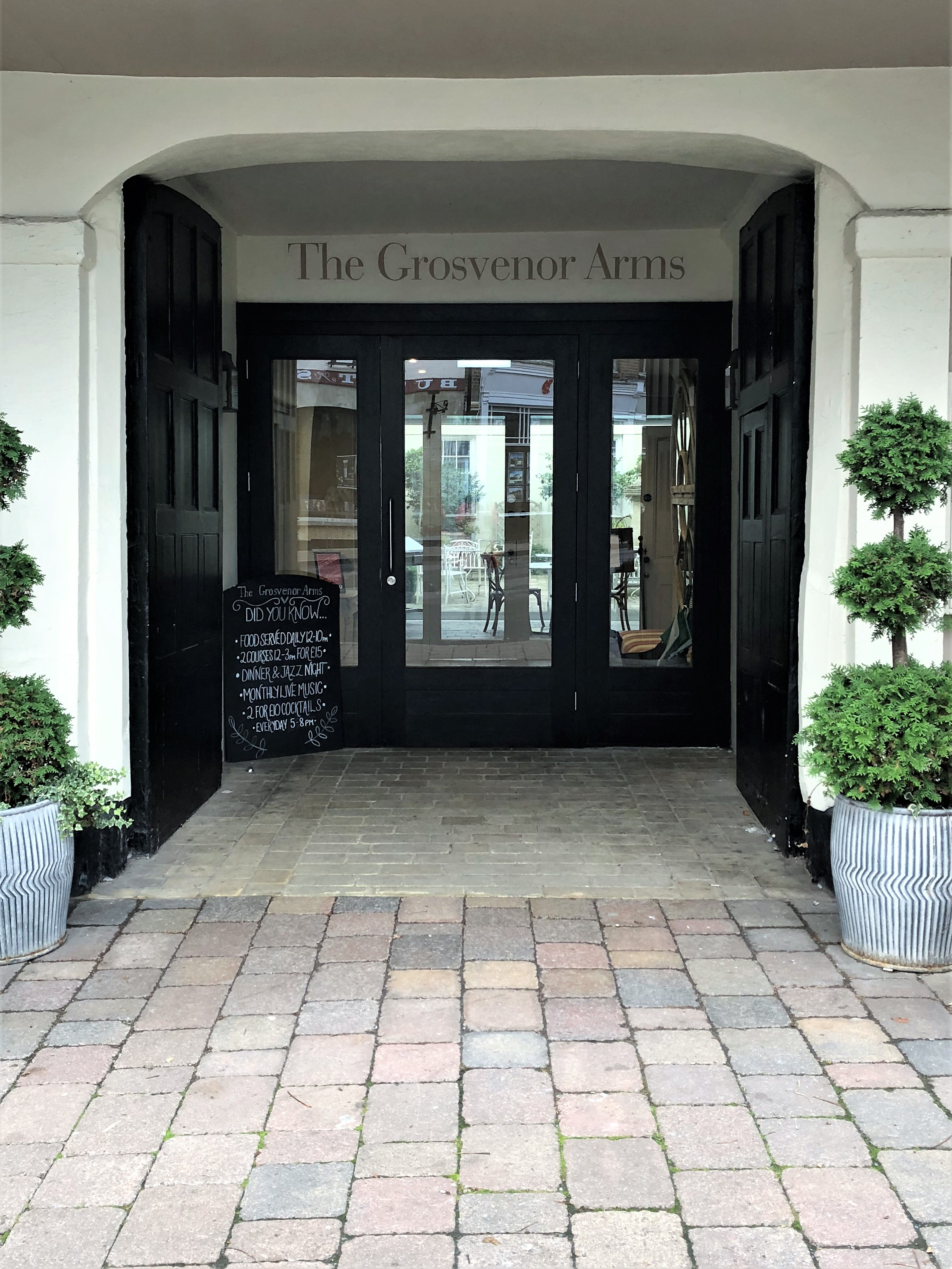 The Grosvenor Arms A Stay At Shaftesburys Oldest Inn Be Lavie
