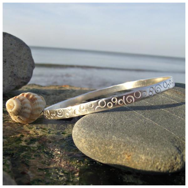 Sea bangle