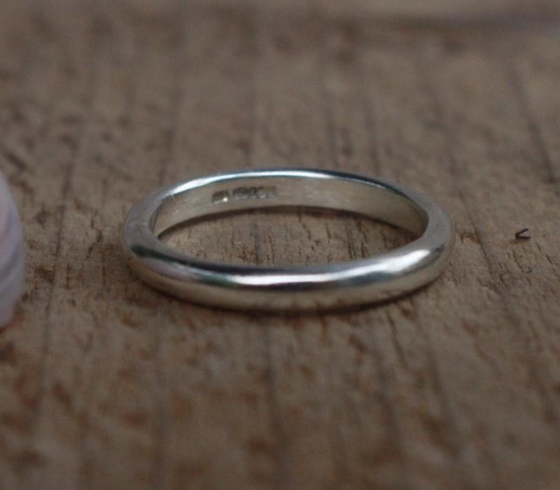 3mm d-shaped ring polished finish