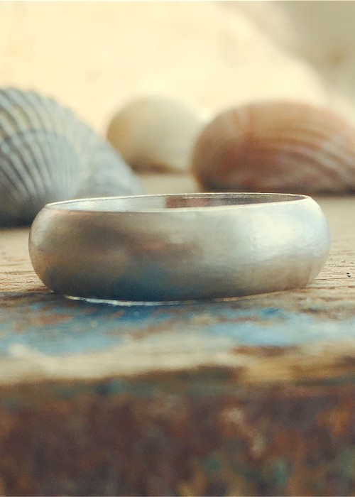 6 mm recycled silver d shaped ring