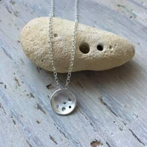 Holes pendant