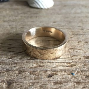 heulwen- recycled gold ring