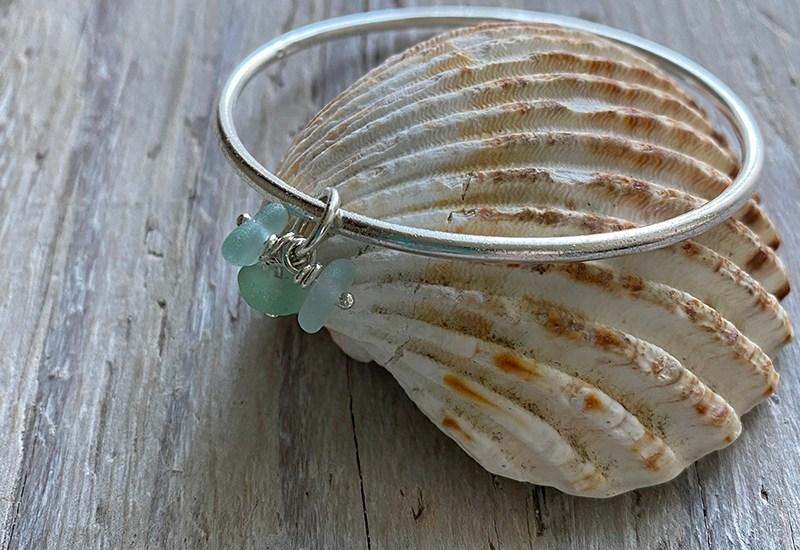 seafood seagrass charms