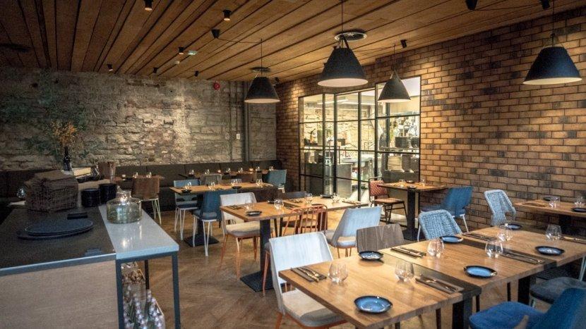 R14 ravintola Tallinna